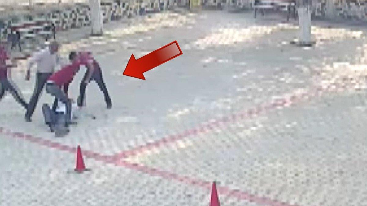 Öğretmene okul bahçesinde 'veliler' saldırısı!