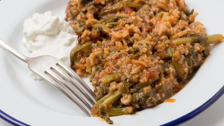 Ispanak yemeği tarifi… Sade ıspanak yemeği nasıl yapılır?