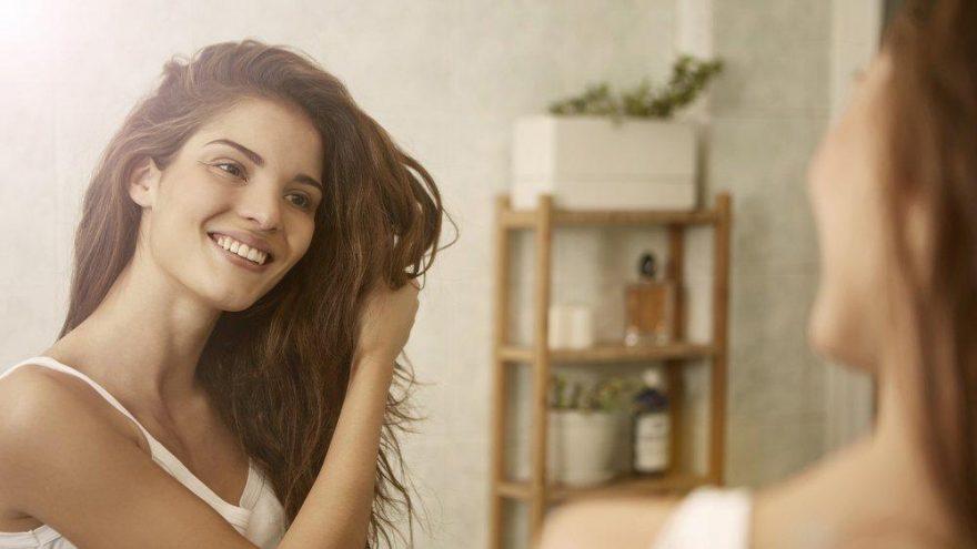 Saçlar nasıl gürleşir? Saçların gürleşmesi için ne yemeli?