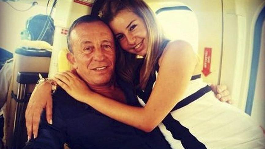 Ali Ağaoğlu'nun eski sevgilisi Hazal Mesudiyeli annesini dövdü