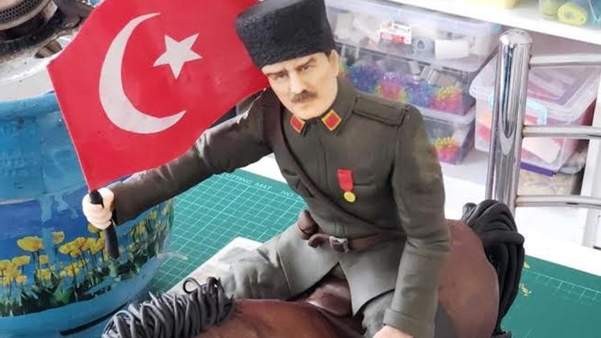 Cumhuriyetin 96. yaşı şerefine: Atatürk Pastası