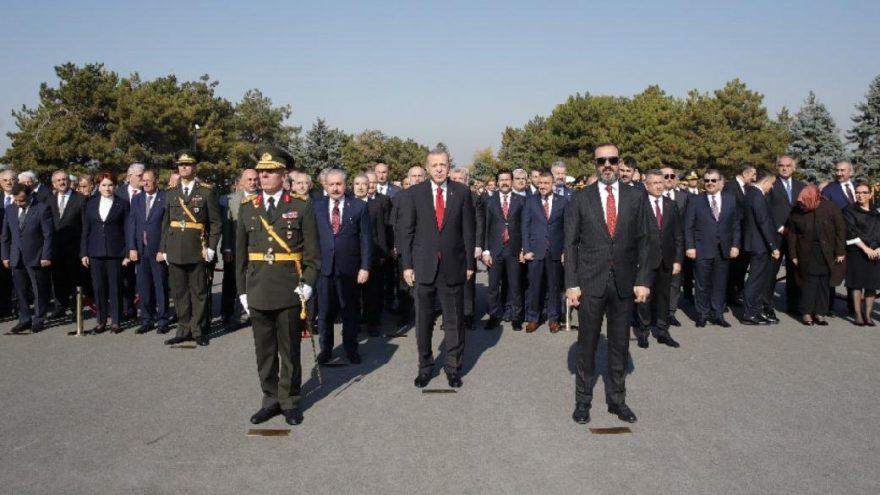 Anıtkabir'deki törende dikkat çeken detay… Erdoğan, CHP heyetini pas geçti!