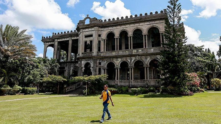 Filipinler'deki asırlık binanın ilginç hikayesi