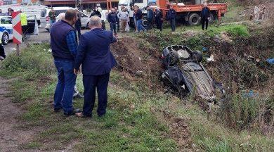 Cep telefonuyla konuşmaktan ceza yedi 32 kilometre sonra kaza yaptı: 2 ölü, 2 yaralı