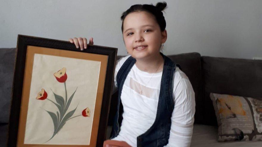 'Umut yok' diye aylarca bitkisel hayatta kalan küçük kız şimdi ebru yapıyor