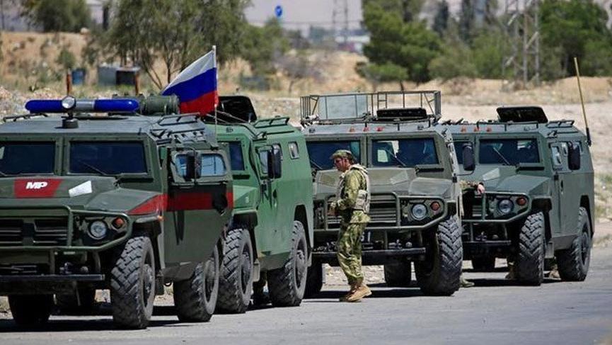 Rusya: Silah ve askeri malzemeler sınırdan çekildi