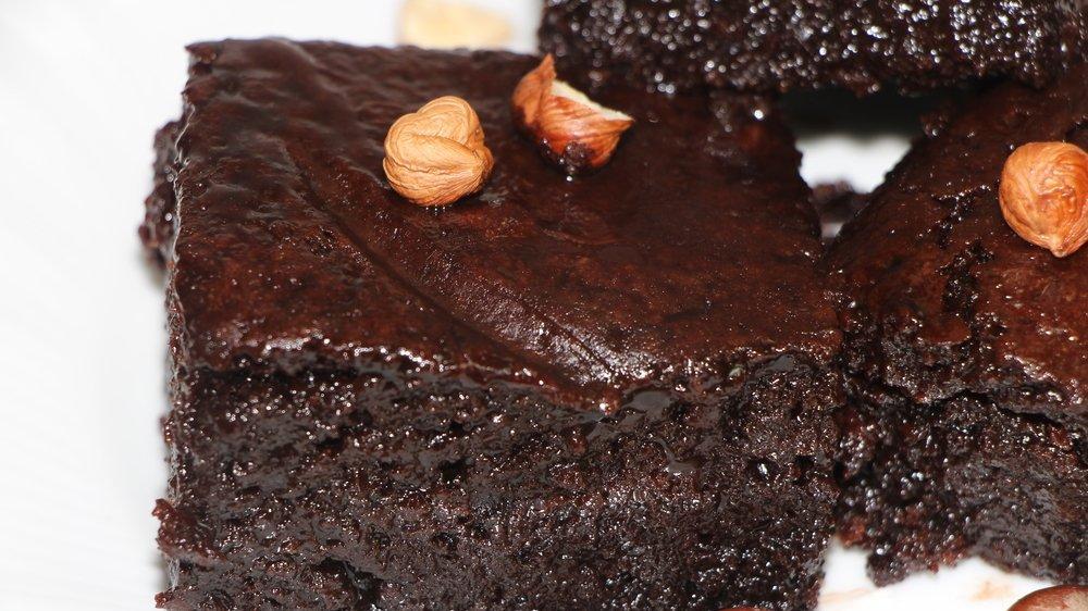 Islak kek nasıl yapılır? Kolay ıslak kek tarifi…