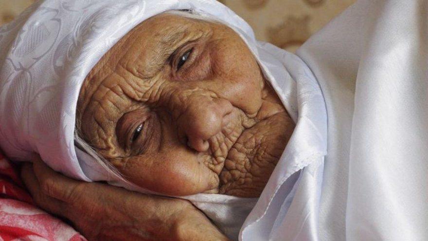 Dünyanın en yaşlı kadını 123 yaşında vefat etti