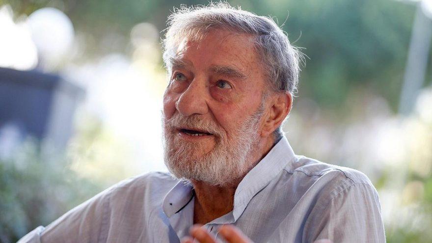 Yeşilçam'ın efsanesi Ahmet Mekin nasıl oyuncu olduğunu anlattı