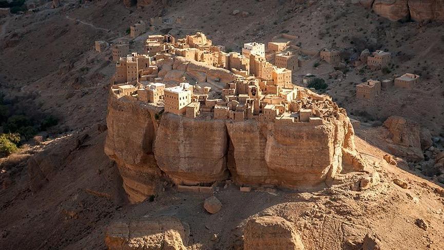 Yemen'in Yüzüklerin Efendisi'ni andıran köyü