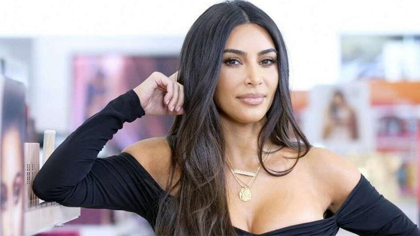 Kardashian'dan skandal paylaşım