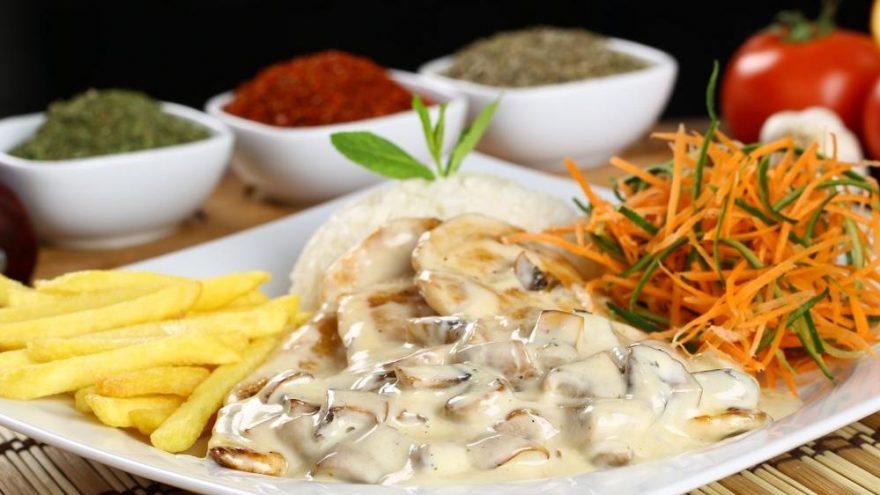 Beşamel soslu tavuk tarifi… Tavada beşamel soslu tavuk nasıl yapılır?