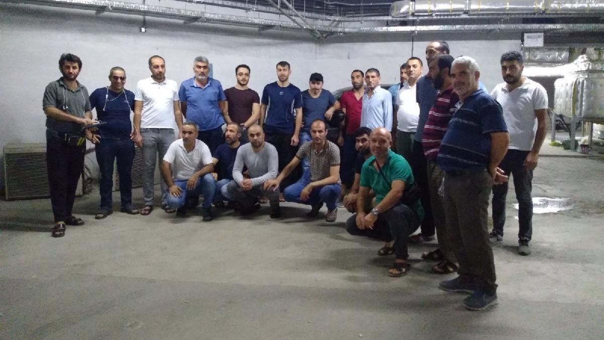 Türk işçiler Mekke'de eylemde