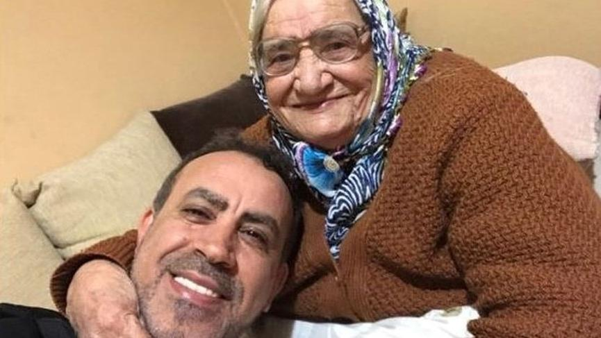 Haluk Levent'in annesi Sabriye Acil hayatını kaybetti