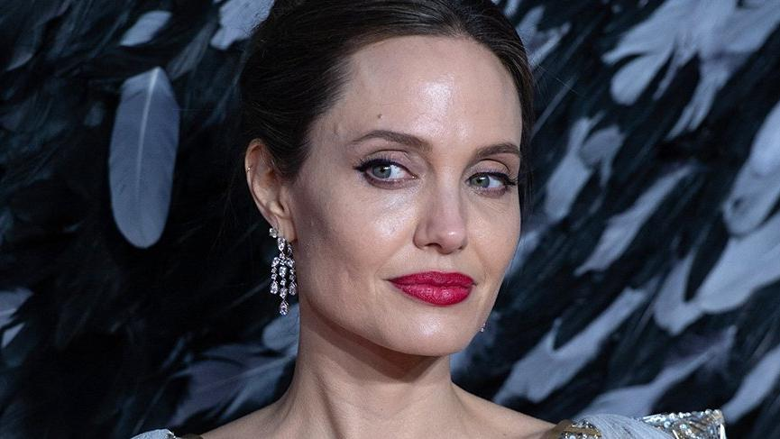 Angelina Jolie'nin film setinde bomba paniği