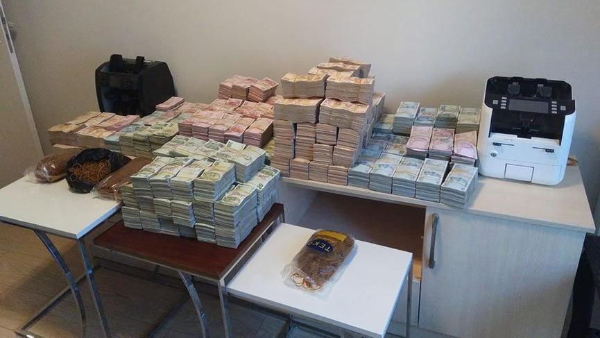 Bahis çetesinin dolabından 3 milyon 200 bin lira çıktı