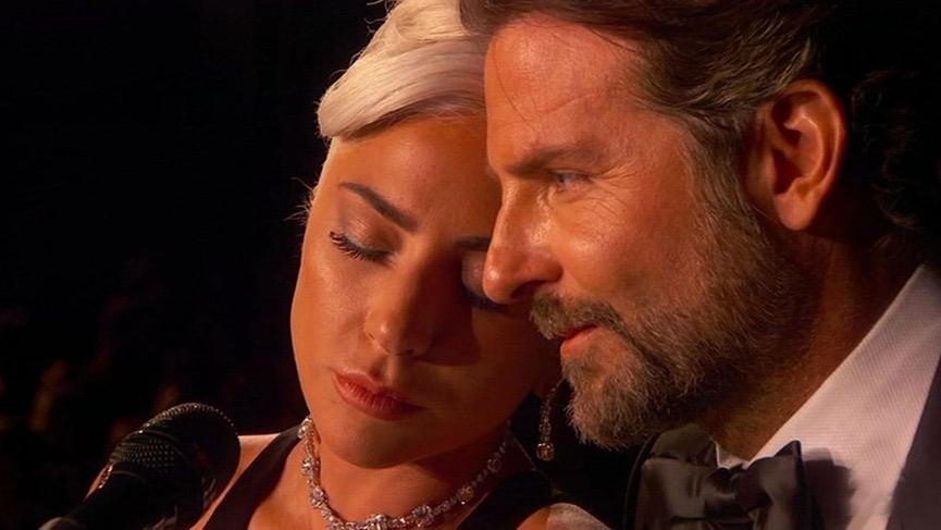 """Lady Gaga: """"Bradley Cooper ile olan yakınlığım sadece roldü"""""""