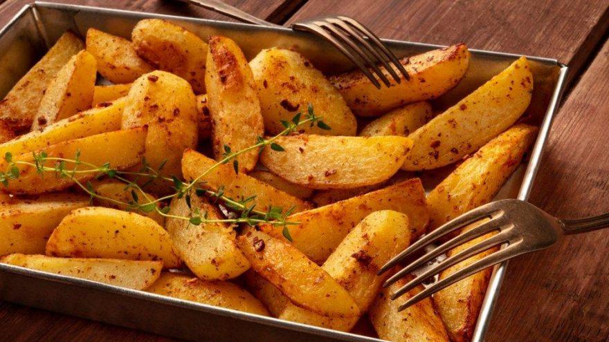 Fırında patates tarifi… Fırında patates kaşarlı nasıl yapılır?