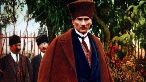 Ünlülerden Atatürk paylaşımları!