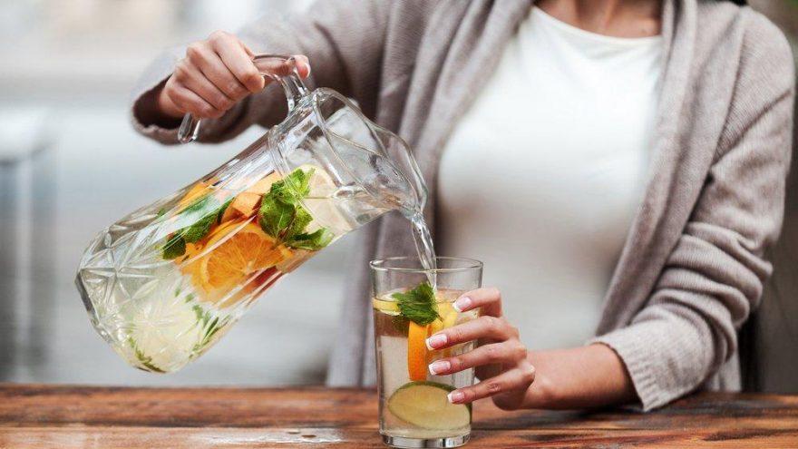 Cildi güzelleştiren detoks içecekleri nelerdir? Cilde faydalı detoks içeceği tarifi…
