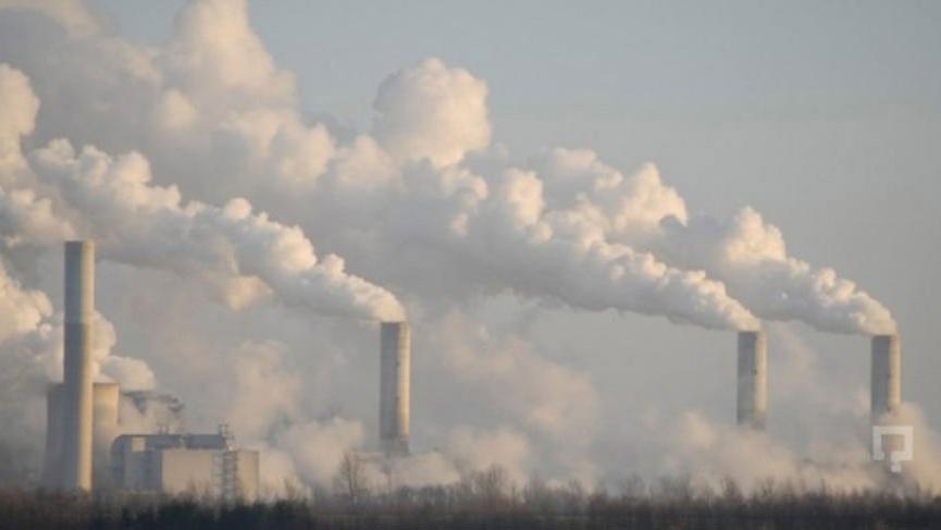 Hava kirliliği okulları tatil etti!