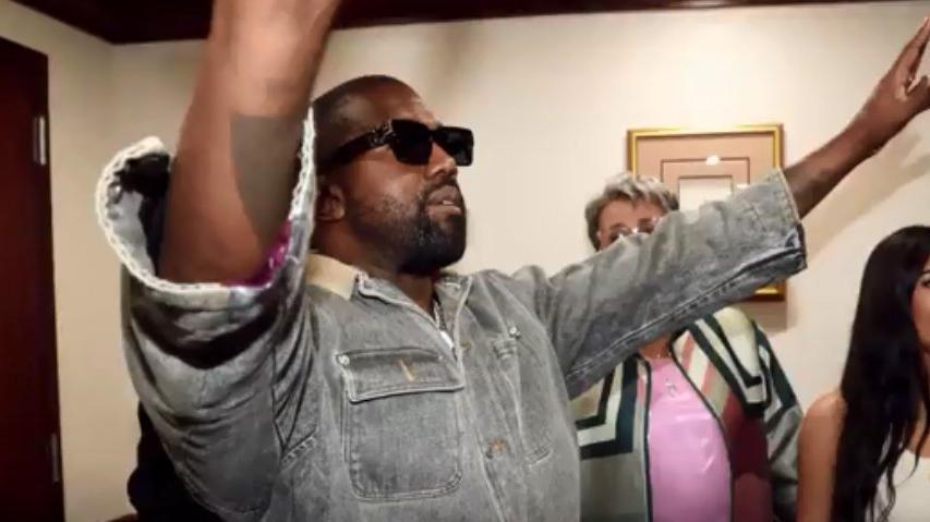 Kanye West başkan seçilirse adını değiştirecek