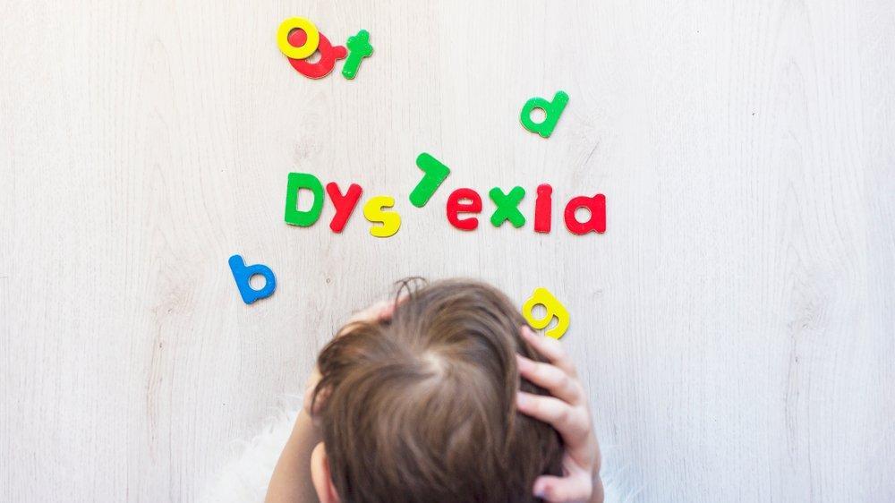 Aileler çok geç fark ediyor! Disleksi belirtileri neler?