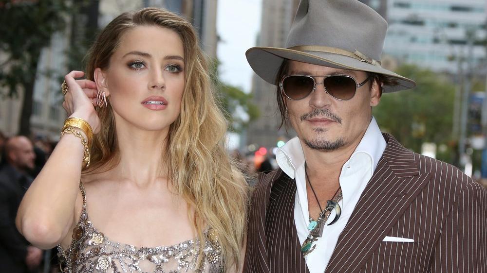 Johnny Depp hayranları Amber Heard'ün kovulması için kampanya başlattı