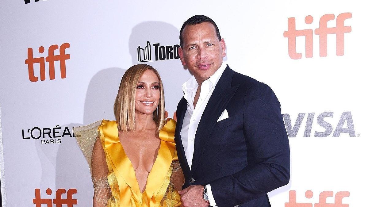 Jennifer Lopez'den cesur poz