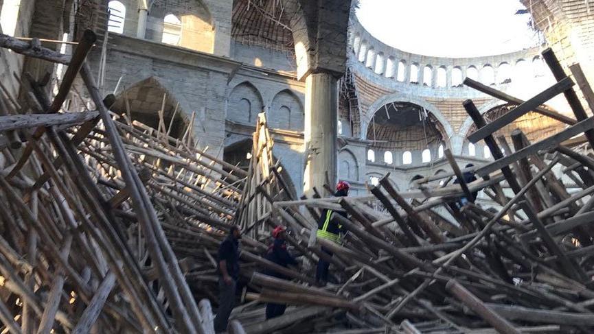 Son dakika... Gaziantep'te cami inşaatında çökme