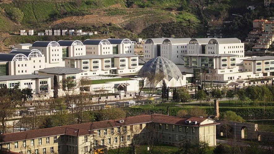Osmanlı arşivi 'sulandı'