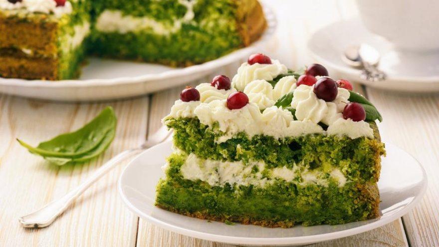Ispanaklı kek tarifi… Ispanaklı kek krem şantili nasıl yapılır?