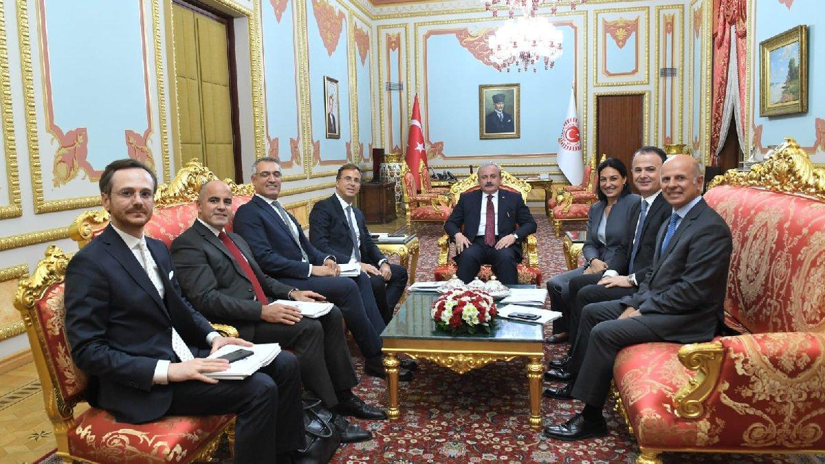 TÜSİAD heyeti Ankara'da TBMM ve partileri ziyaret etti