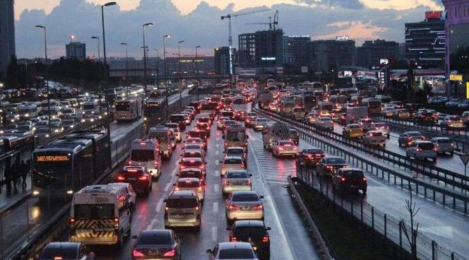 İstanbul'da ara tatil trafiği! İşte son durum…