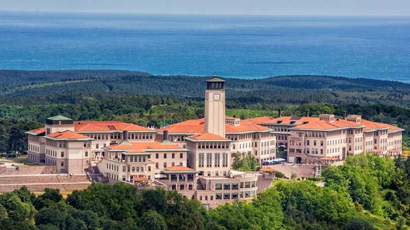 Koç Üniversitesi'ne her yıl 150 milyon TL aktarıyoruz