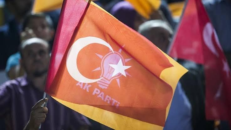 AKP Çanakkale İl Başkanı Yıldız, istifa etti