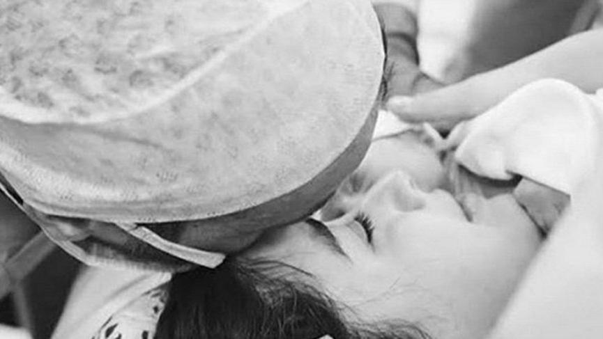 Hazal Kaya ve Ali Atay bebeklerinin ilk fotoğrafını paylaştı