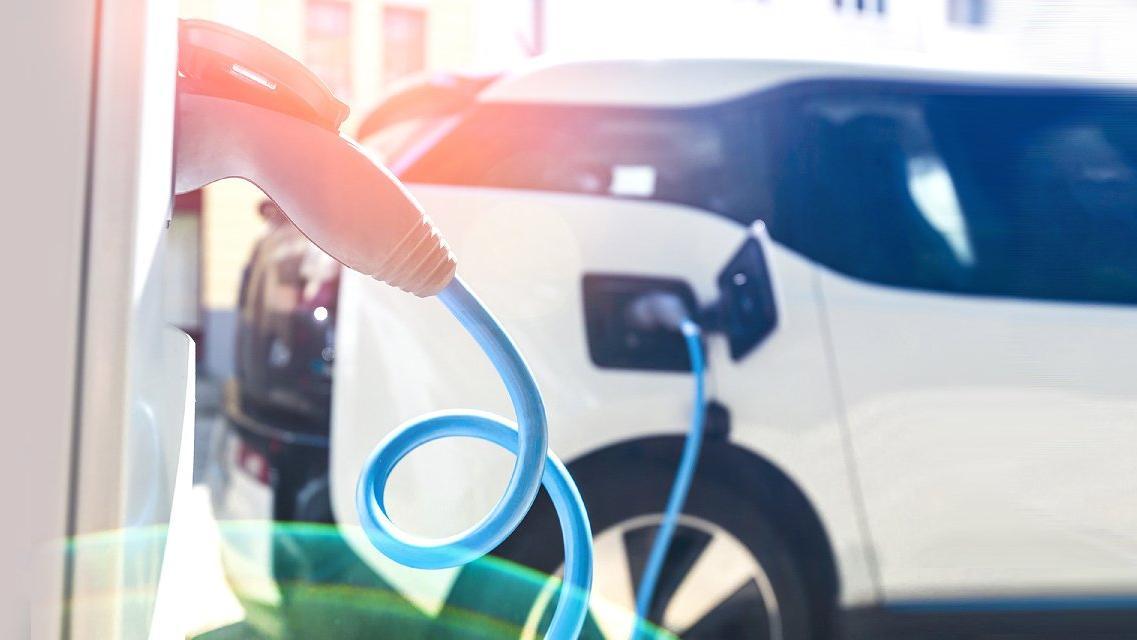 Türkler elektrikli otomobillere sıcak bakıyor