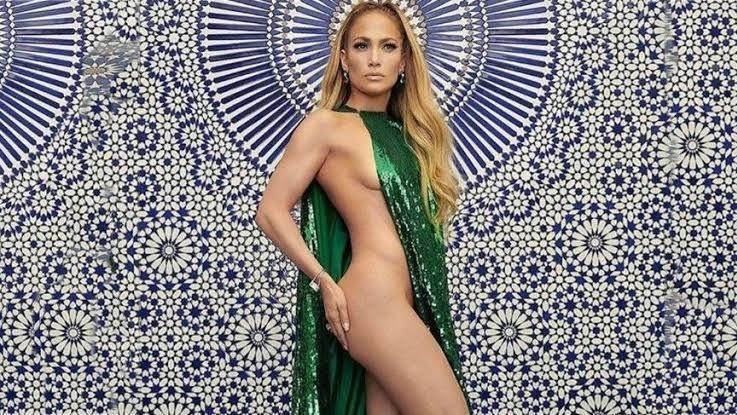 Jennifer Lopez Coach markasının yeni marka yüzü oldu