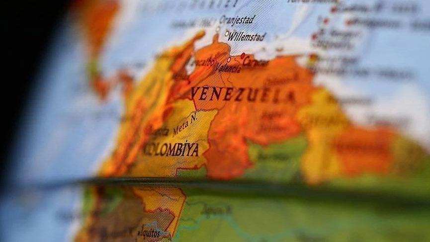 Kolombiya sınırlarını geçici olarak kapattı!
