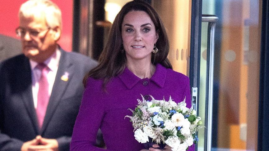 Kate Middleton'ın siyah opak çorapları gündem oldu