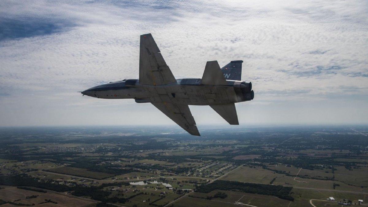 ABD'de eğitim uçakları çarpıştı: 2 ölü