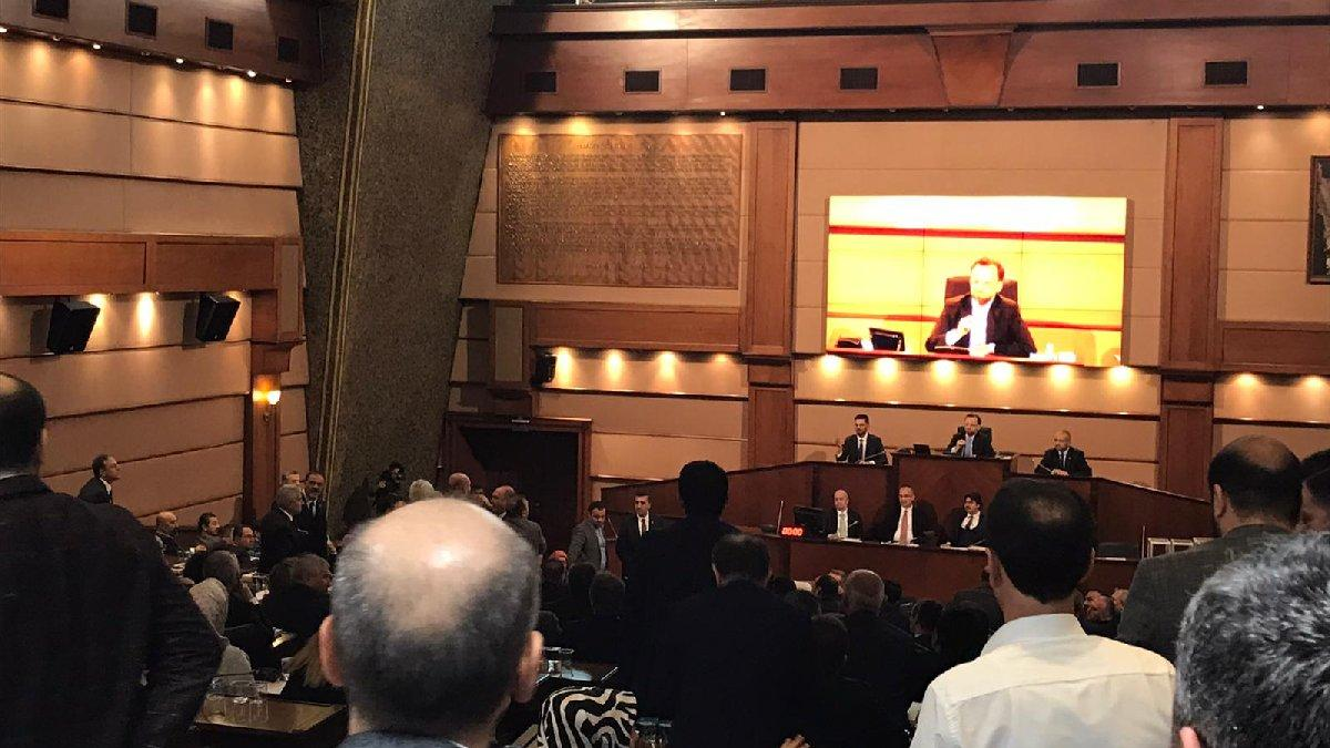 Son dakika... İBB Meclisi'nde 'haddini bil' gerilimi...