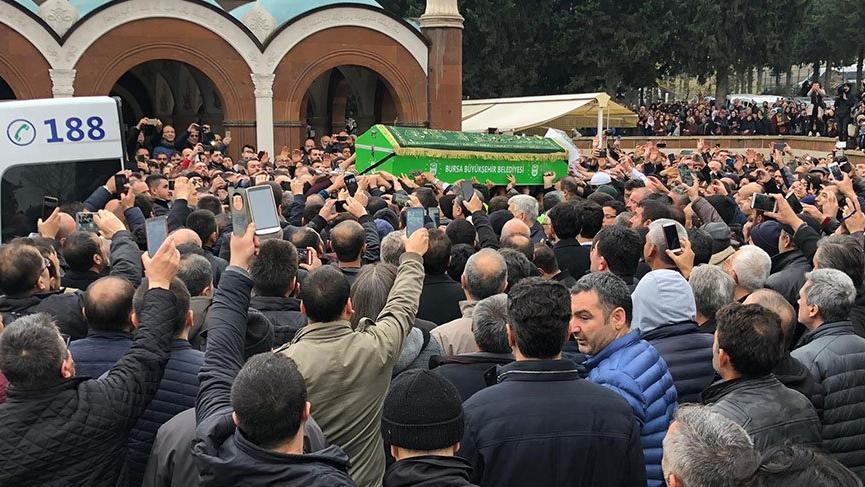 Sahte peygamber cenazesine 3 bin kişi katıldı