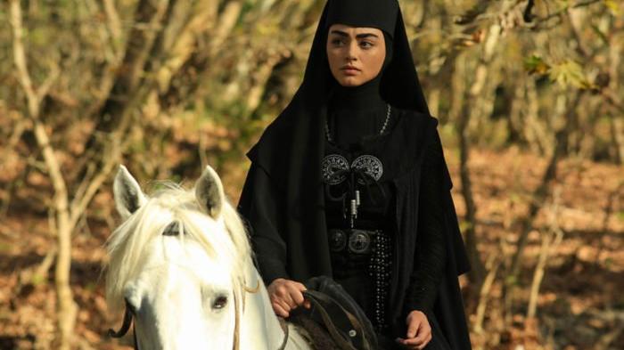 Kuruluş Osman'da Bala Hatun kimdir? Özge Törer'in hayatı…