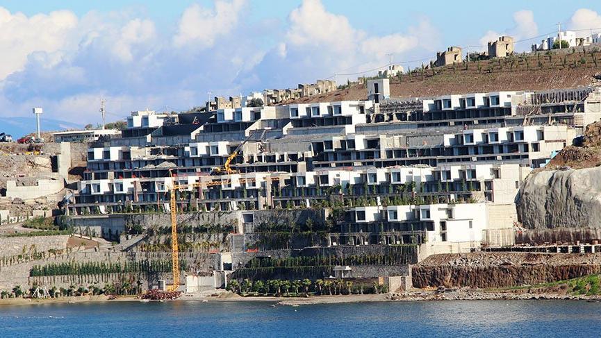 11 otel, 2 bin 100 villa ve rezidans yıkıldı