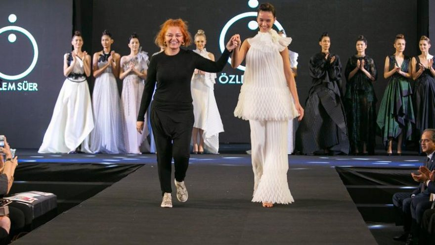 İpek Yolu'nun dünyaya açılan kapısı Bangkok'ta Özlem Süer rüzgarı