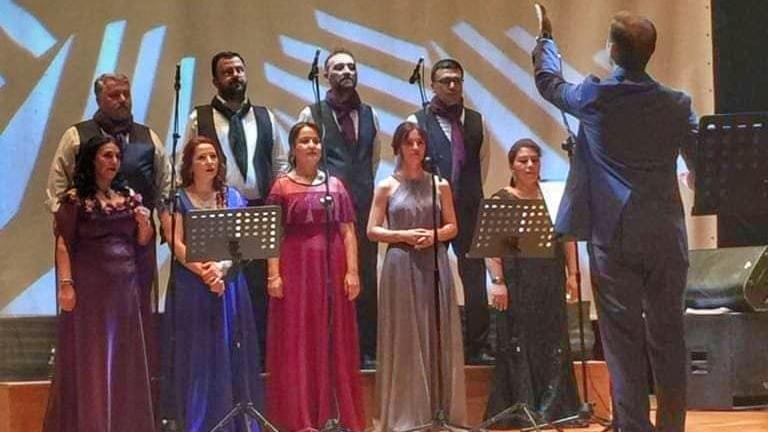 'Kitaplar sizden, türküler Ehlikalem'den'