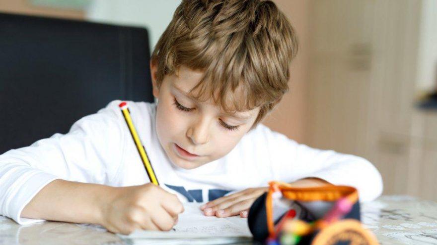 R harfi nasıl söylenir? Çocuklara r harfi nasıl öğretilir?