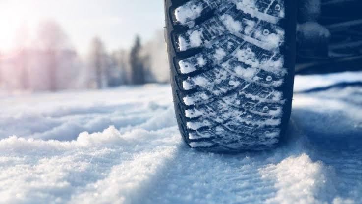 Kış lastiği zorunlu mu? Hangi araçlar kış lastiği takmalı?